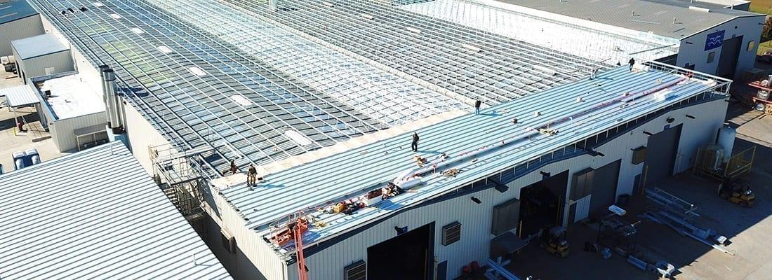 Roofing a PEMB